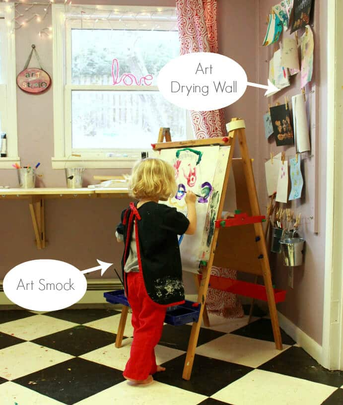 Kids Art Tools -- Painting Smock and Art Drying Wall