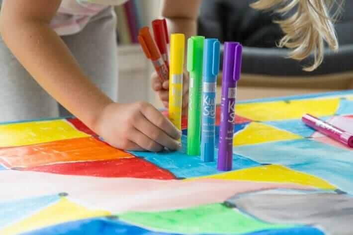 Using Thin Stix paint sticks to make geometric art with kids