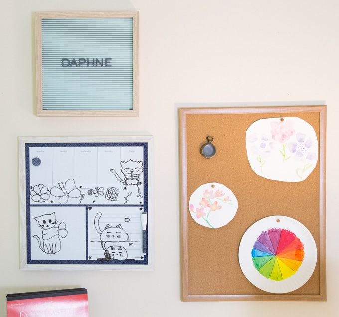 Personalizing at kids homework station with a white board & cork board